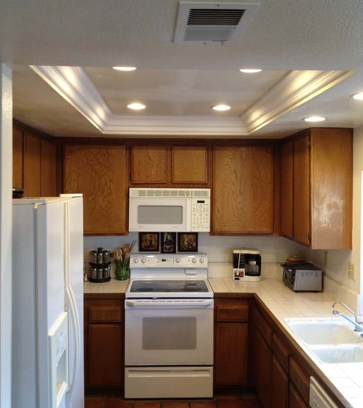 Kitchen Soffit Lighting with Recessed Lights | The Recessed ...