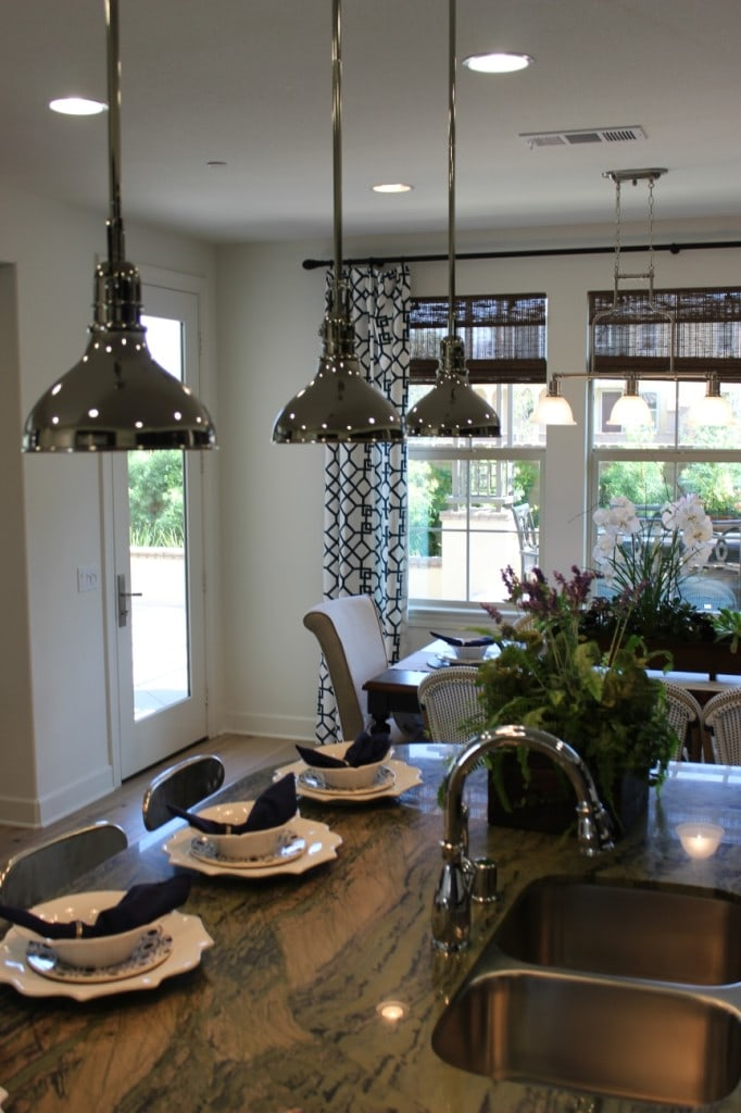 Kitchen pendant lighting example